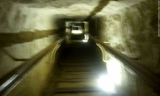 Doorgang in de Grote Piramide.
