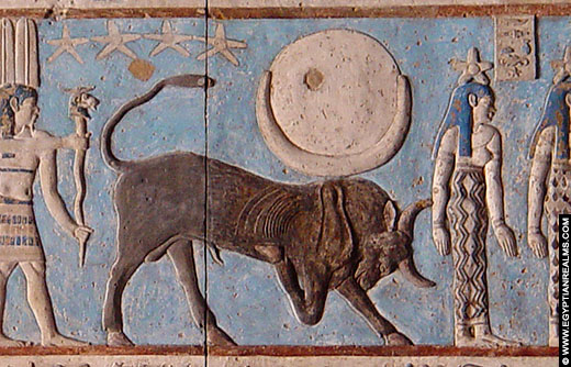 Sterrenbeeld Stier afgebeeld in de Dendera Tempel.