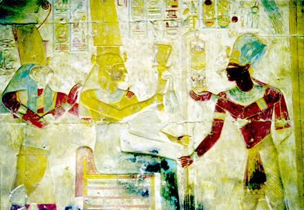 Pharaoh brengt een geschenk aan Aset.