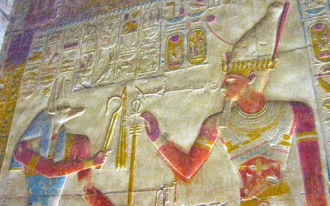 Anpu voorziet Pharaoh van kracht.