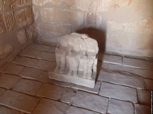 Beeld in de kleine kapel van El-Kab