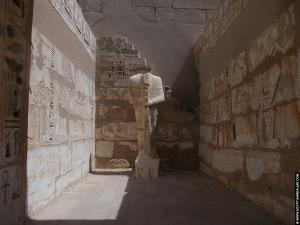 Beeld van Ptah in de tempel