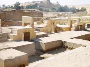 Op het terrein bij de Sphinx
