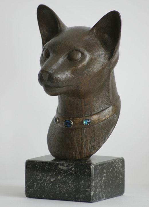 Egyptische kat, brons met parelmoer.