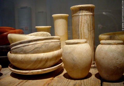 Potten en schalen uit het oude Egypte.