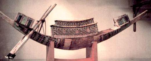 Schaalmodel van een oud-Egyptische boot.