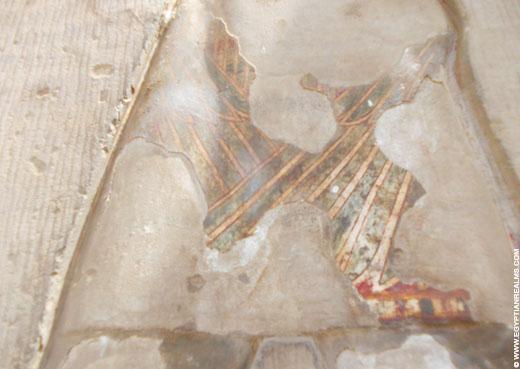 Oorspronkelijke beschildering van een muur van de Kom-Ombo Tempel.