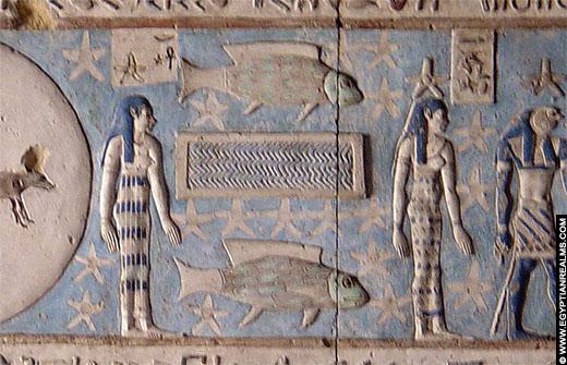 Sterrenbeeld Vissen op een plafond van de Dendera Tempel.