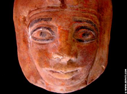 Mummie masker van een jonge dame.