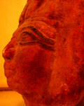 Mummie masker van zijkant.