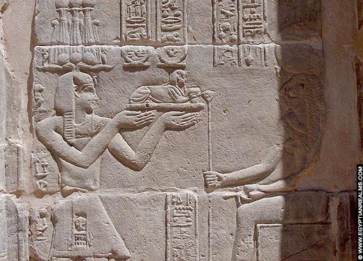 Reliëf van een oud-Egyptische sphinx in de Philae tempel.
