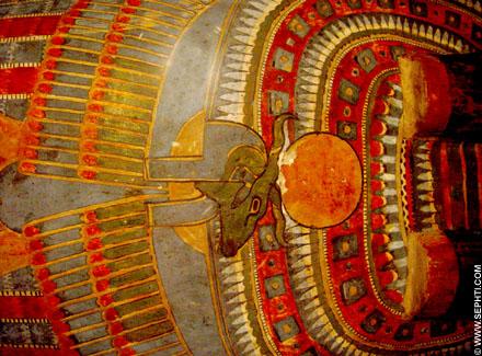 Beschildering van een sarcofaag deksel.