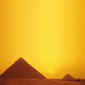 Zonsondergang bij de Piramides.