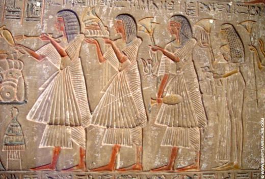 Egyptische voorstelling op een steen.