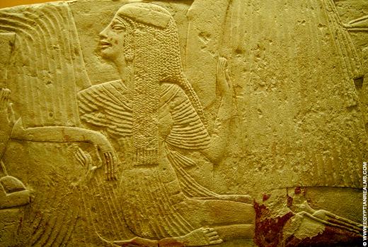 Egyptisch relief van een dame.