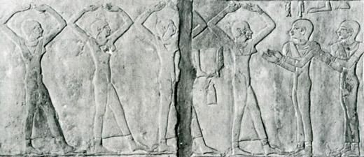 Oud-Egyptische dames die dansen op de maat.