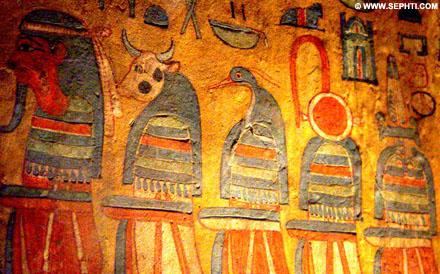 Bennu afgebeeld op de binnenzijde van een sarcofaag.