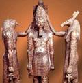 Heru en Suth naast Pharaoh.