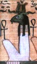 Tefnut in zittende houding met Ankh.