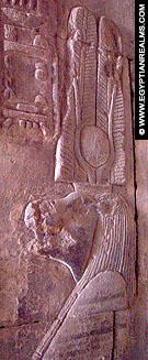 Relief voorstelling van Taweret op een muur van de Karnak Tempel.