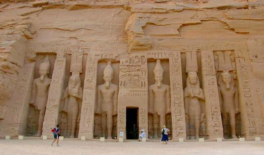 Ingang van de Tempel van Abu-Simbel.