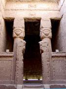 Kapel in de Dendera Tempel.