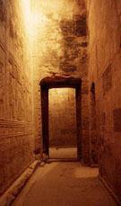 In de Dendera Tempel.
