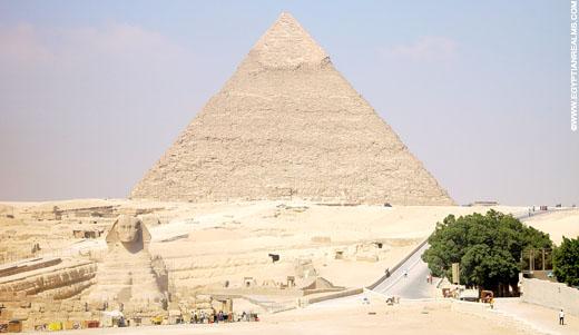 Sphinx voor de Grote Piramide.