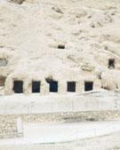Tombes in de omgeving.