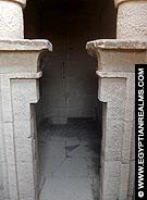 Klein vertrek in de Tempel van Kalabsha.