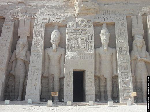 Tempel van Nefertari te Abu-Simbel.