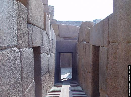 Daltempel naast de Grote Sphinx.
