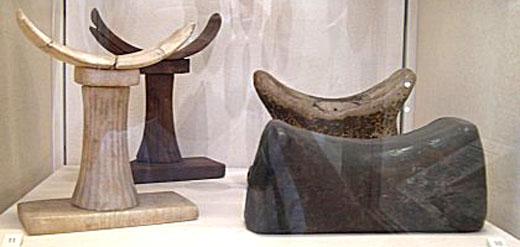 Hoofdsteunen uit het oude Egypte.