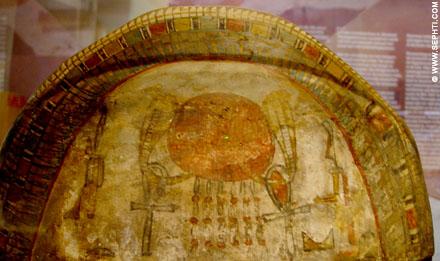 Beschildering van een sarcofaag.