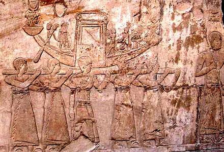 Voorstelling van een oud-Egyptische processie.