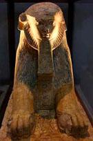 Beeld van Hatjepsut in de gedaante van een sphinx.
