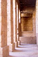 In de Karnak Tempel.