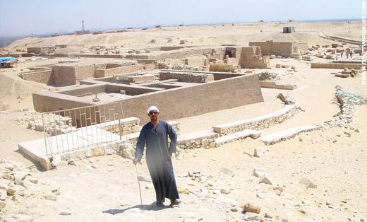 Tomben op het terrein bij Sakkara.