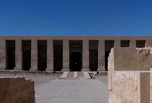Tempel van Seti I in Abydos.