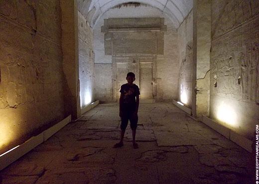 In een heiligdom van de Abydos Tempel.