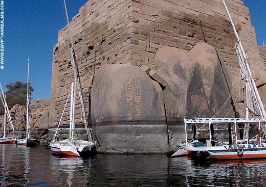 Oud-Egyptisch relief in Aswan.