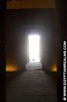 Doorgangen in de Kalabsha Tempel.