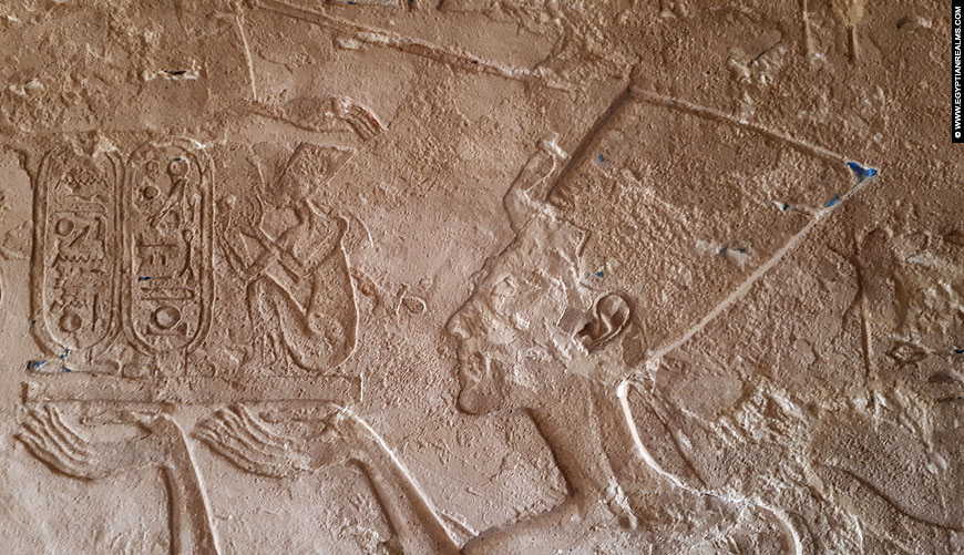 Relief of Nefertiti in the tomb of Apy.