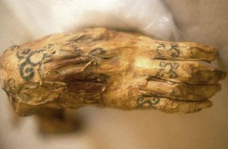 Tattoo on egyptian mummy.