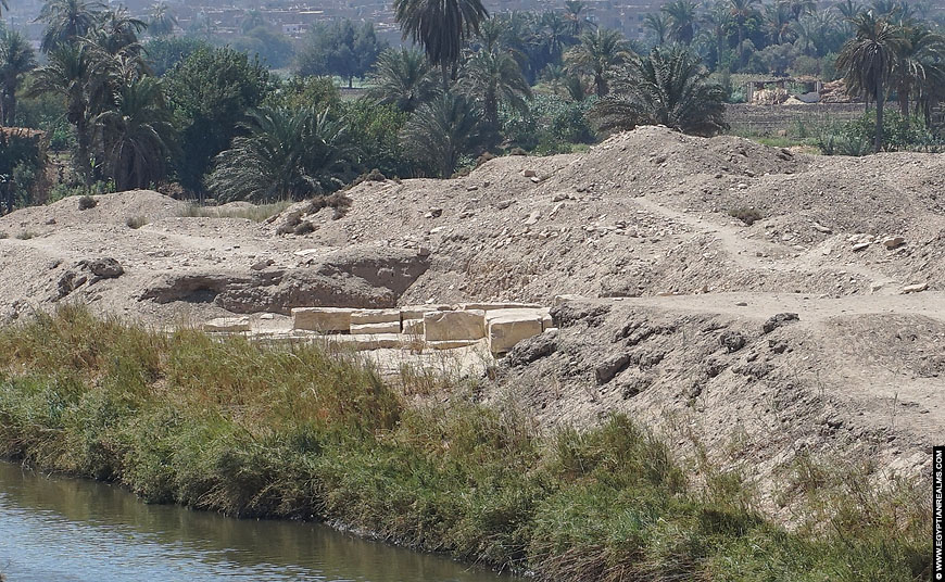 Fundaments of a small chapel near the Hawara Pyramid.