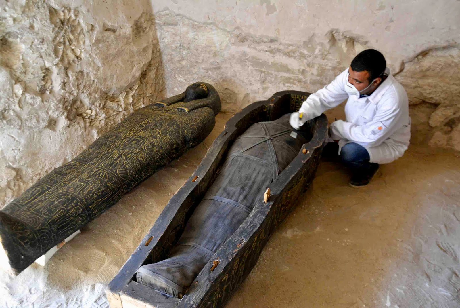 Tomb discovered in Luxor.