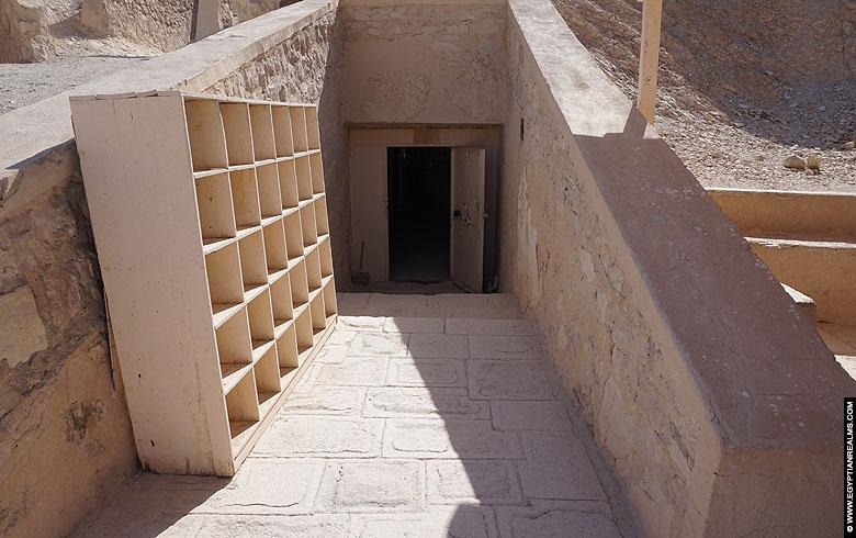 Tombe van Kha-em-Waset - QV44