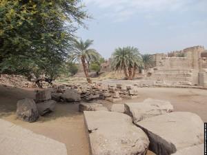 Terrein om de Al-Tud Tempel