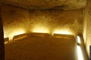 Akhenaten tomb tell-el-Amarna 04