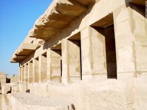 Vertek in de Karnak Tempel